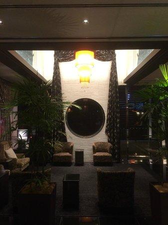 APA Hotel Namba Shinsaibashi : Lobby
