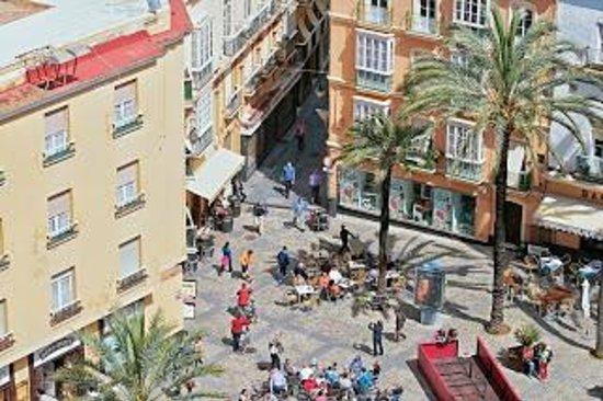 Kathedrale von Cadiz: Вид с кафедрального собора