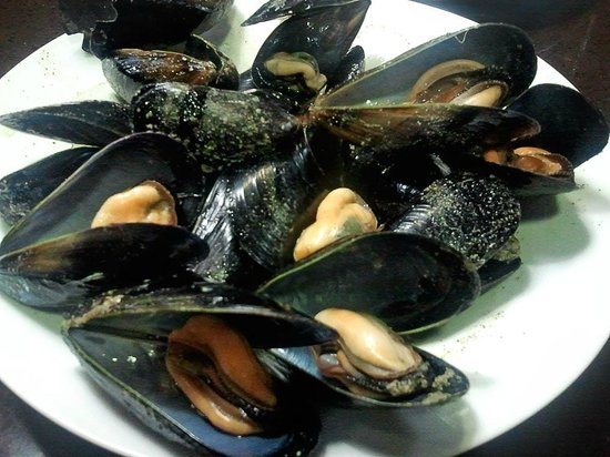 Restaurante Can Llopis: Mejillones al vapor