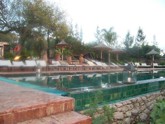 Le Jardin des Douars: piscine chauffée