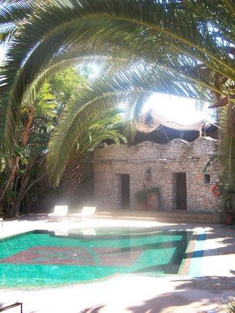 Le Jardin des Douars: piscine du bas