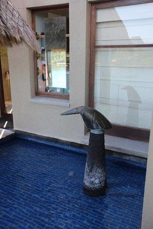 MAIA Luxury Resort & Spa: Pool bird