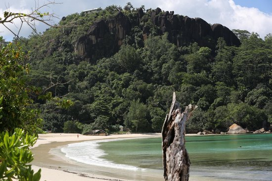 MAIA Luxury Resort & Spa: Very nice private beach