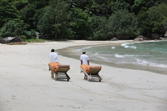 MAIA Luxury Resort & Spa: Hard working staff on a service tour
