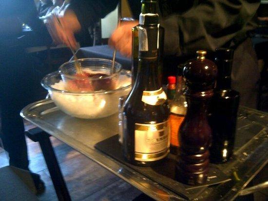 El Celler de l'Artista: Condimentos Steak tartar