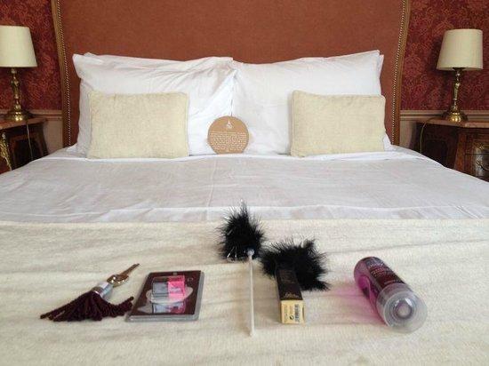 Hotel Eiffel Trocadero : Kit Coquin à l'arrivée dans la chambre