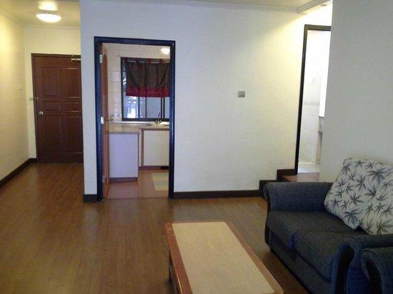 E Resort: Living Hall