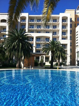 Hotel Splendid Conference & Spa Resort: A viev to the hotel