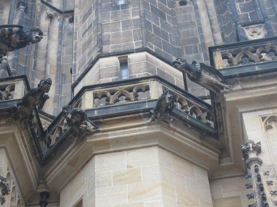 Veitsdom (Chram svatého Víta): creepy statue