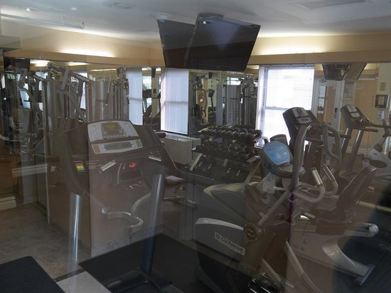 Hotel Metro: well equipped gym
