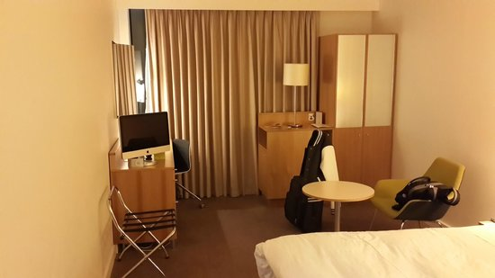 DoubleTree by Hilton Hotel London -Tower of London : Room