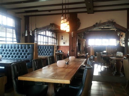 Les Fougeres Hotel and Harrys Bar : the restaurant