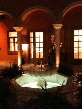 Boutique Hotel Casa del Poeta: Le patio