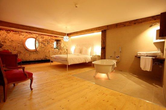 Rainhof Scheune: Romantikzimmer