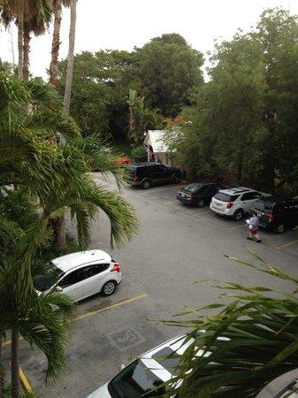 Bayside Inn Key Largo: территория парковки