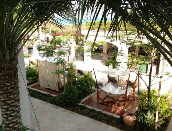 The St. Regis Saadiyat Island Resort: Swimming pool for adults