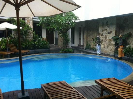 Manggar Indonesia Hotel & Residence: pool