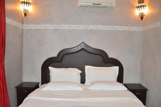 Riad La Rose Du Desert: La nostra camera nel Riad Blu