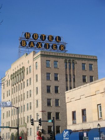 Downtown Bozeman: The  Hotel Baxter, art deco style !