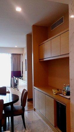 Century Kuching Hotel: spacious space