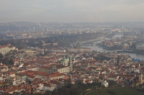 Petrin Tower (Rozhledna) : Вид с башни