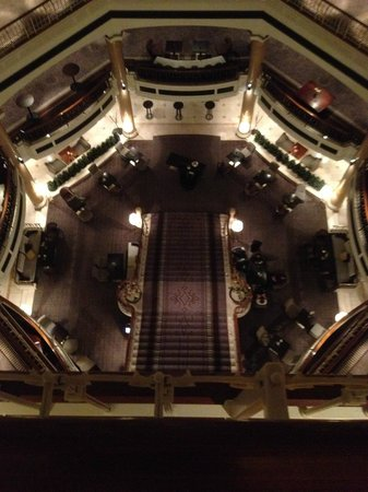 The Westin Grand Berlin: View from 6th floor down to the lobby bar