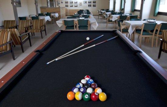 The Highland Center Hrauneyjar: Billiards