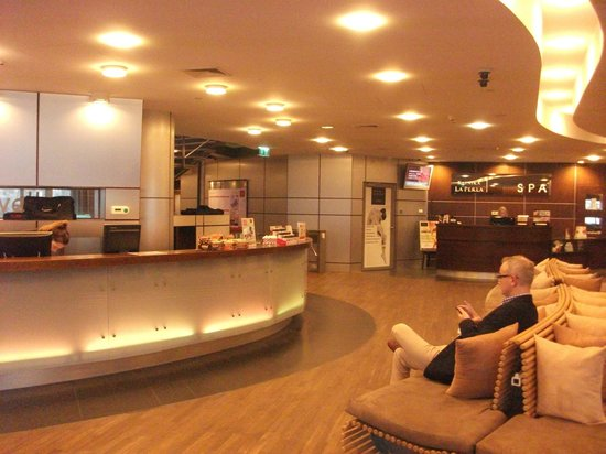 Hilton Warsaw Hotel & Convention Centre: Health Centre and Spa at the Hotel