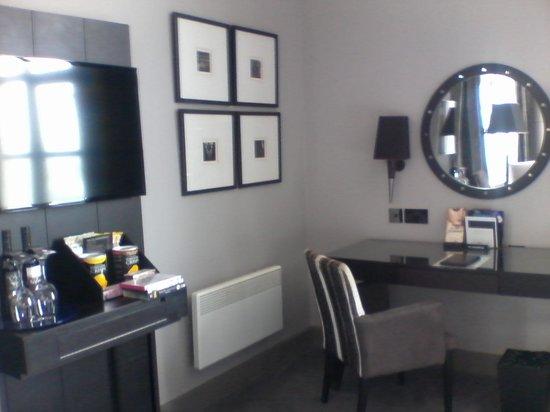 Malmaison Newcastle: Flatscreen TV