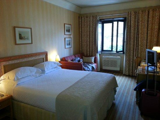 Hotel Lisboa Plaza: habitación superior