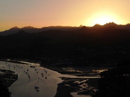Mount Paku : View over the Coromandel Ranges at sunset.