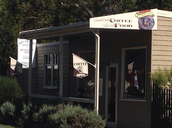 The Possum Shed: possum cafe