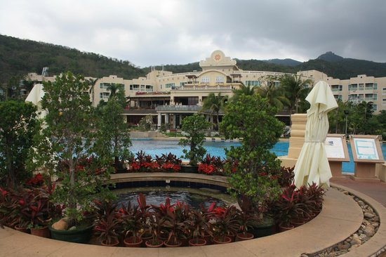 Cactus Resort Sanya by Gloria: вид на отель