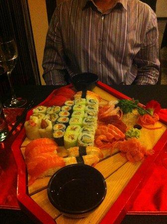 Golden Chopsticks: Plateau Tokyo Box