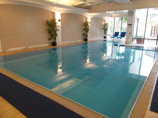 Grand Coloane Resort Macau : Indoor pool.