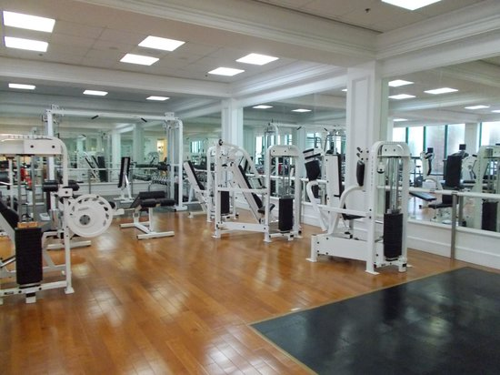 Grand Coloane Resort Macau: Gym.