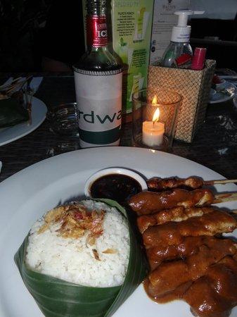Boardwalk Restaurant & Lounge : yummy satays