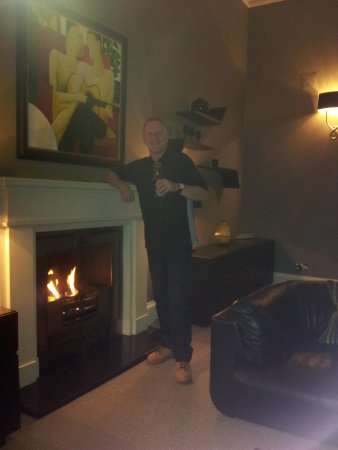 The Chester Residence : By the fire
