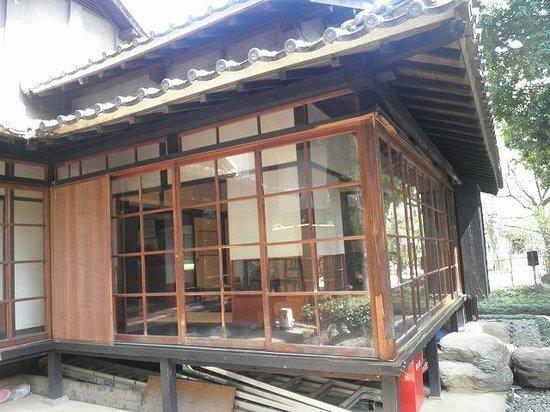 Yakumo Koizumi Old House in Kumamoto: ハーンが気に入っていた南・西向きの書斎