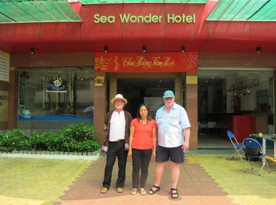 Sea Wonder Hotel: outside hotel