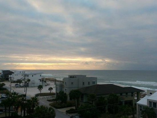 SpringHill Suites Pensacola Beach: Breath taking view of Gulf from our suite
