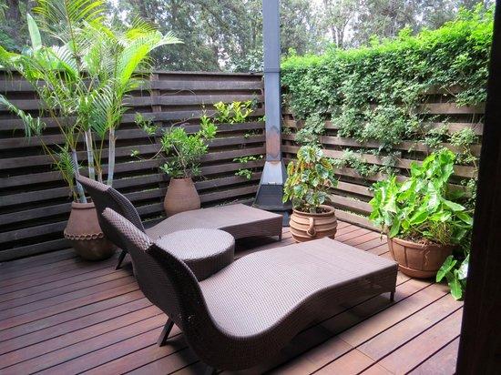 Arusha Coffee Lodge : la terrasse de notre chambre