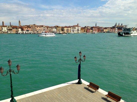 Hilton Molino Stucky Venice Hotel: View from room