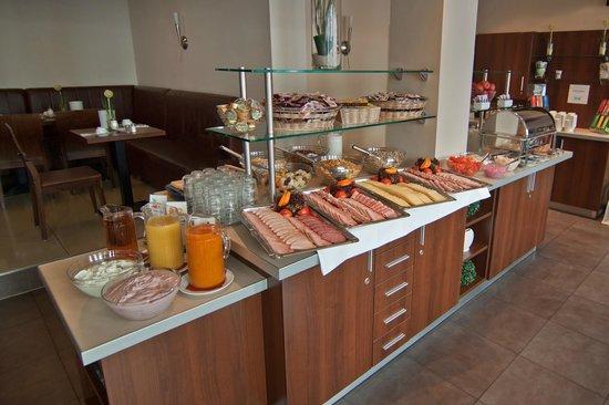 Novum Hotel Eleazar Hamburg City Center : Frühstücksbuffet