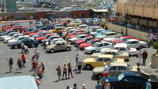 Los Cristianos Harbour : Old Car Rally