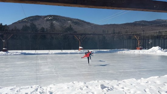 The Whiteface Lodge : Ice Rink at Whiteface Lodge