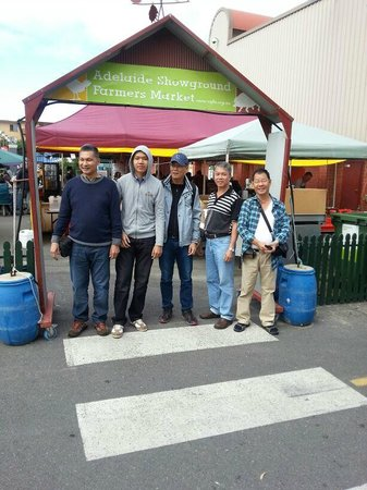 Adelaide Farmers' Market: The men in our group