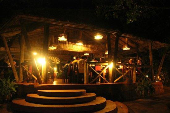 Kirurumu Manyara Lodge: Salle de restaurant