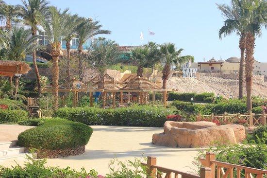 Savoy Sharm El Sheikh: View of beach area