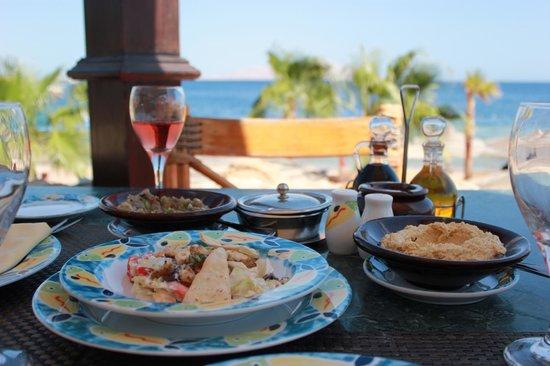 Savoy Sharm El Sheikh: Seafood lunch